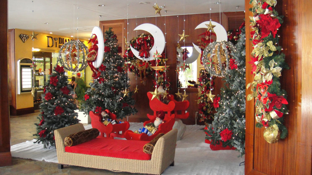 the - Hotel Christmas Decorations