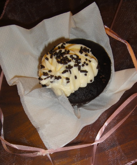 Chocolate Chip Cupcake from Cupcakes and Berries, Aruba.