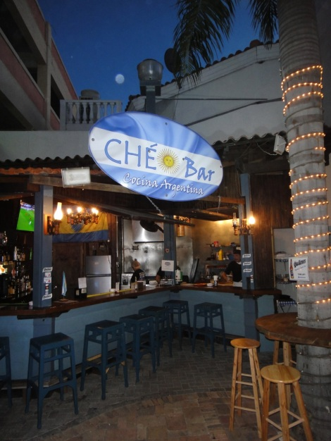 Ché Bar at the Paseo Herencia Mall, Aruba, November 2013