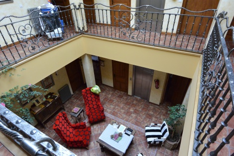 Second floor common area at Hotel Villa de Ábalos, Spain.