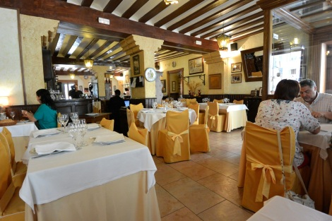 Interior of Restaurante El Bernadino, Segogia, Spain.