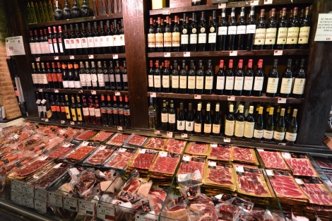 Prepacked meats and wine at Alma de Julián Becerro, Madrid, Spain.