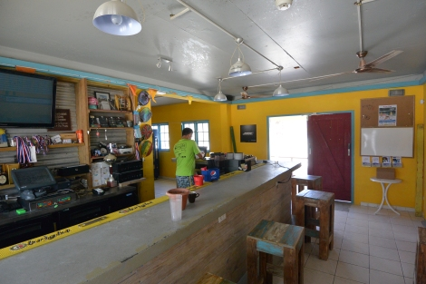 Bar at Beach Tennis Aruba.